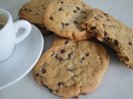 Μπισκότα με σταγόνες σοκολάτας