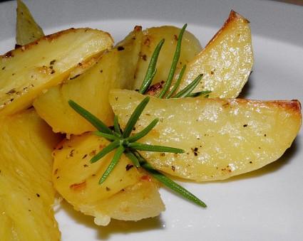 Πατάτες φούρνου Νο.12 (σκορδάτες)